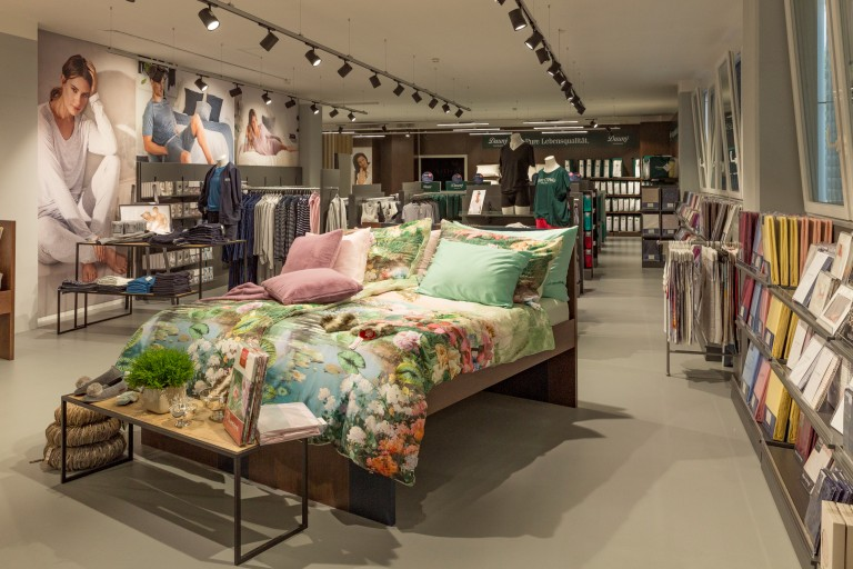 UN11a_Markenshop_Home Store